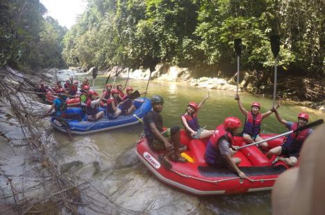 gopeng-rainforest-white-water-rafting-day-trip-in-ipoh-226852